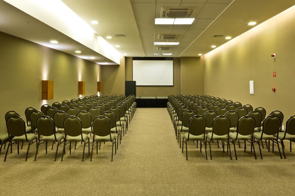 Sala de eventos Golden Tulip Natal Ponta Negra